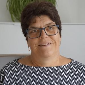 Frau Manuela Franz